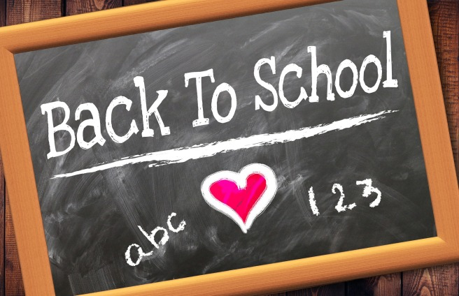 back-to-school-2628012_1920